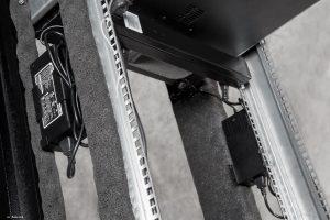 VIST AcoustiRACK. Блоки питания верхнего модуля вентиляции с системой активного шумогашения Silentium ActiveSilencer Fan Tray (ASFT).